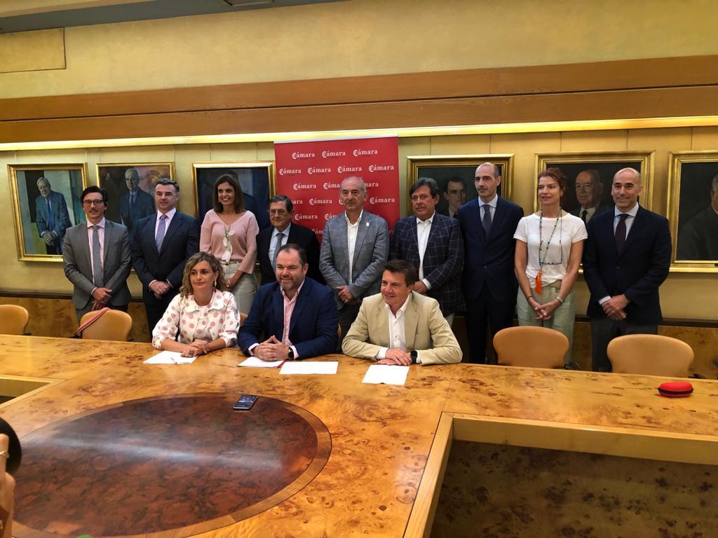 firma patronato Escuela Universitaria de Tursimo